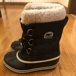 Sorel Yoot Pac Nylon Boot - Girl size 3